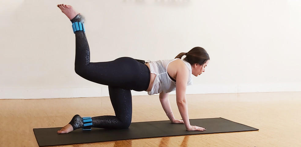 Dynamic stretches, Pilates burn and Bro-Lates